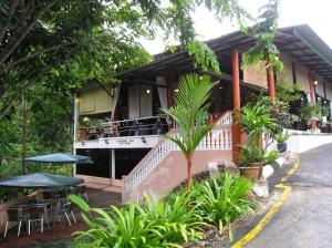 Hotellrestaurangen sedd från vår husgrupp